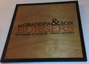 Sign at El Gran Panzón restaurant in San Miguel's Fábrica la Aurora art gallery complex.